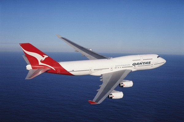 Qantas flights
