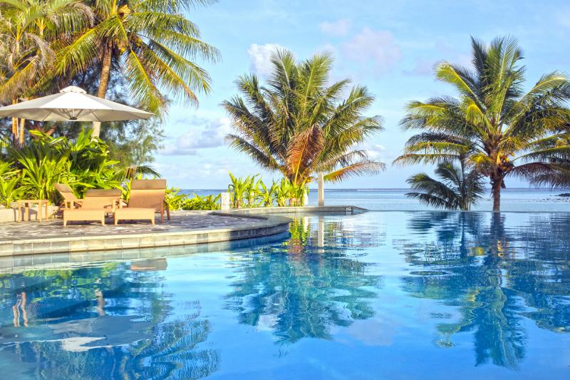 Swimming Pool overlooking the beach in Rarotonga, Cook Islands