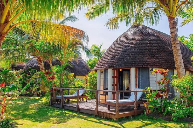 Authentic Samoan bungalow at Le Lagoto