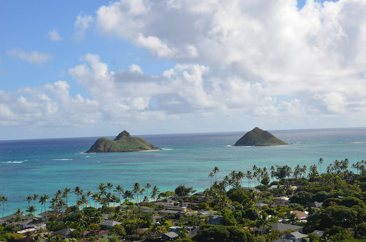 The view of Lanikai Beach from the Pillbox Trail. Credit: Bertholf/Flickr.com.