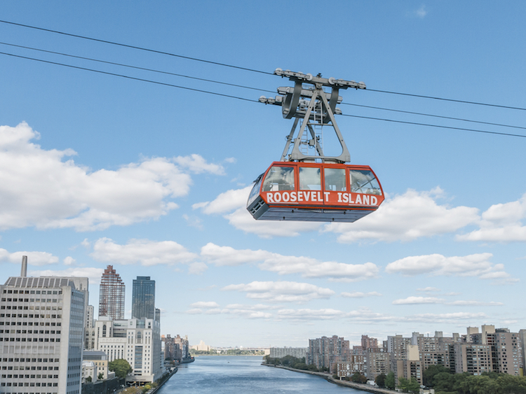 The Roosevelt Island Tramway. Credit: iStock.com/Andrew Parker