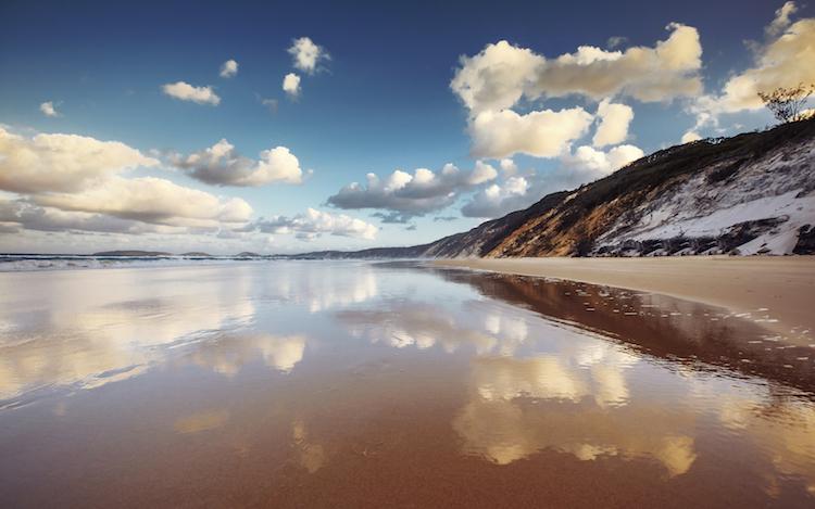 Rainbow Beach. Credit: duha127/iStock.com.