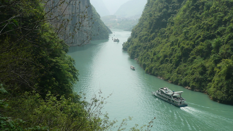 Boats on Yangtze River. Credit: Carol Atkinson.