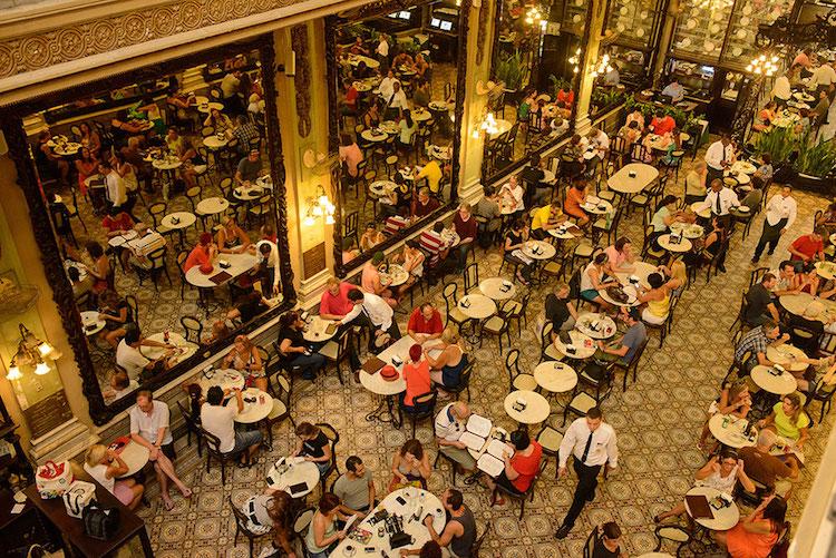Confeitaria Colombo. Photo: confeitariacolombo.com.br