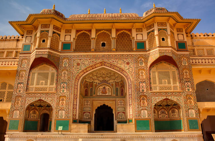 A courtyard at the Amber Fort, Jaipur. Credit: iStock.com