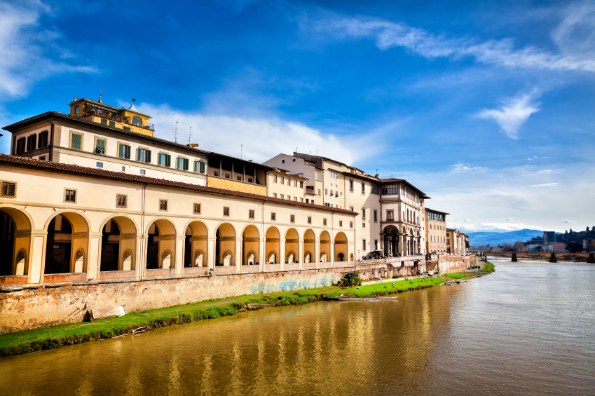 A view of the Uffizi Gallery from Ponte Vecchio. Credit: iStock.com