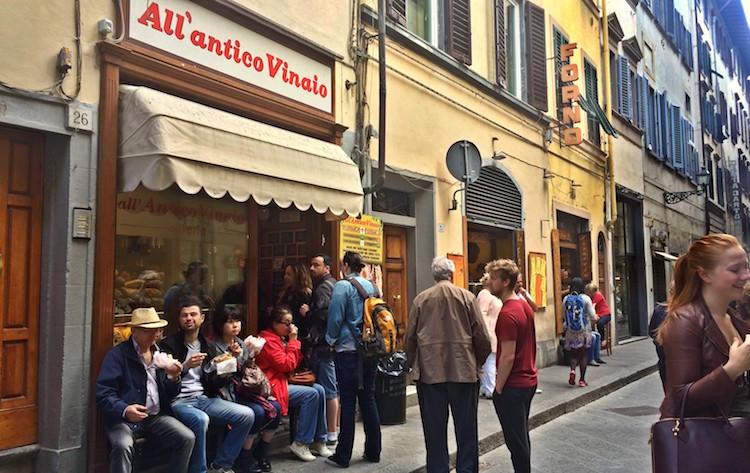 All'Antico Vinaio, Via dei Neri. Photo: Sophie Smith