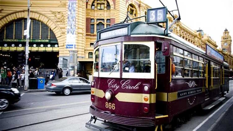 A City Circle tram outside Flinders Station, Melbourne. Photo: visitmelbourne.com