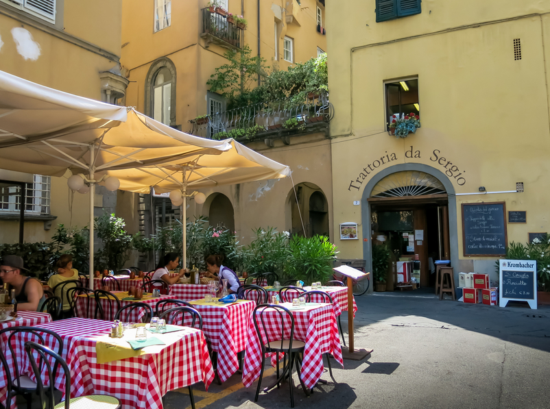 A restaurant on Piazza Bernadini, Lucca. Photo: iStock