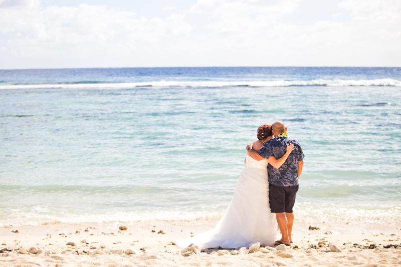 Wedding on the beach at The Edgewater Resort & Spa, Rarotonga