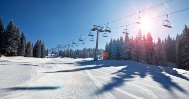 Book yourself a Japan ski holiday!