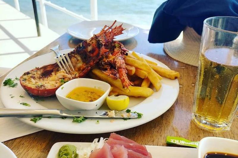 Fresh lobster and tuna at Trader Jacks